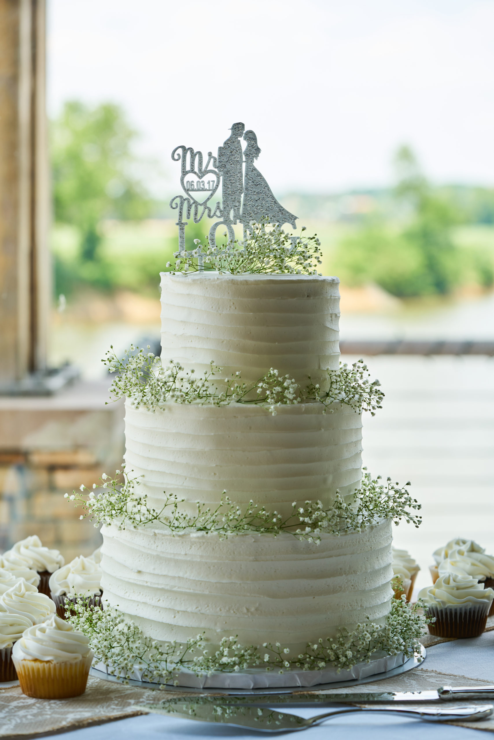Too Sweet Wedding Cakes And More